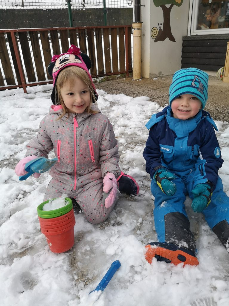 Juhuhu sneg je zopet tu!